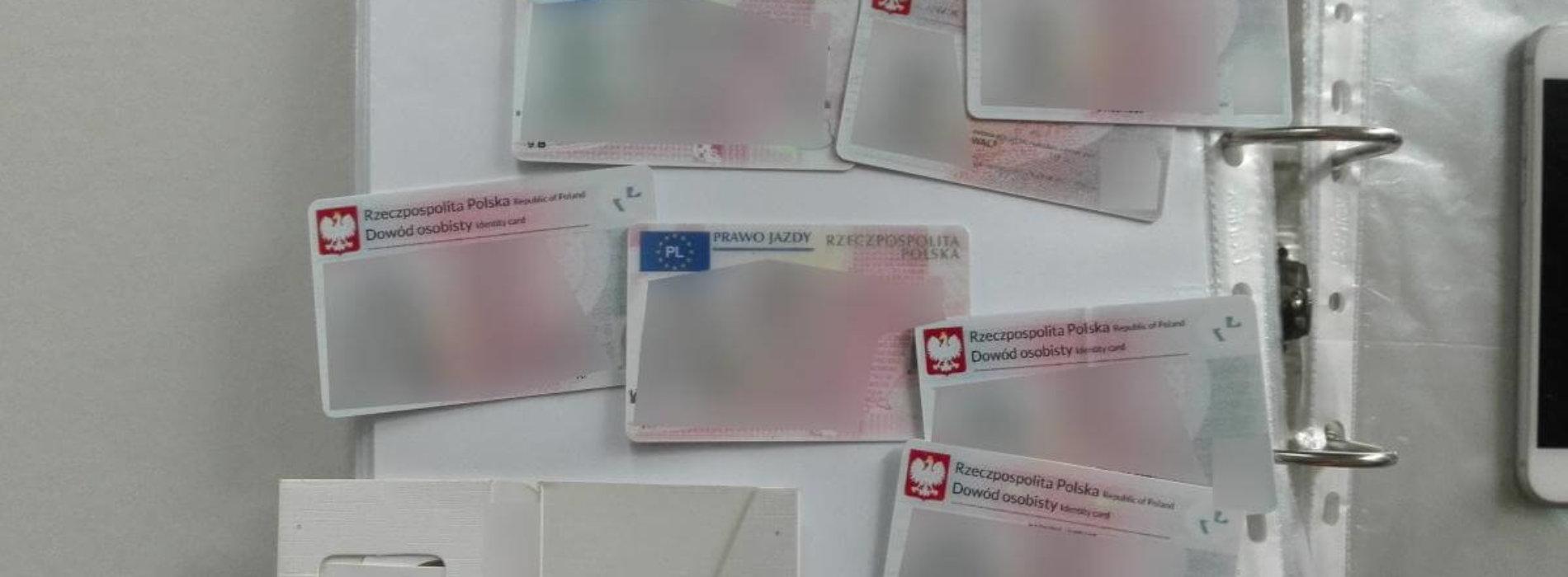 """Zatrzymano 4 oszustów działających metodą """"na prezesa"""" i dokonujących wyłudzeń kredytów. Od dwóch małopolskich firm próbowali wyłudzić 985 000 $ i 985 000 Euro"""
