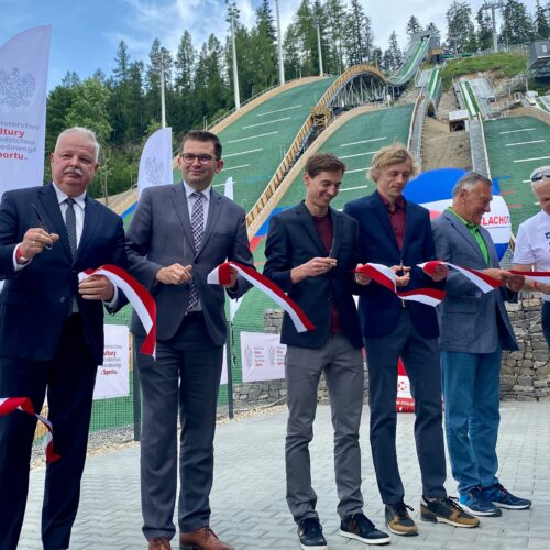 Święto skoczków: kompleks skoczni narciarskich Średnia Krokiew otwarty!
