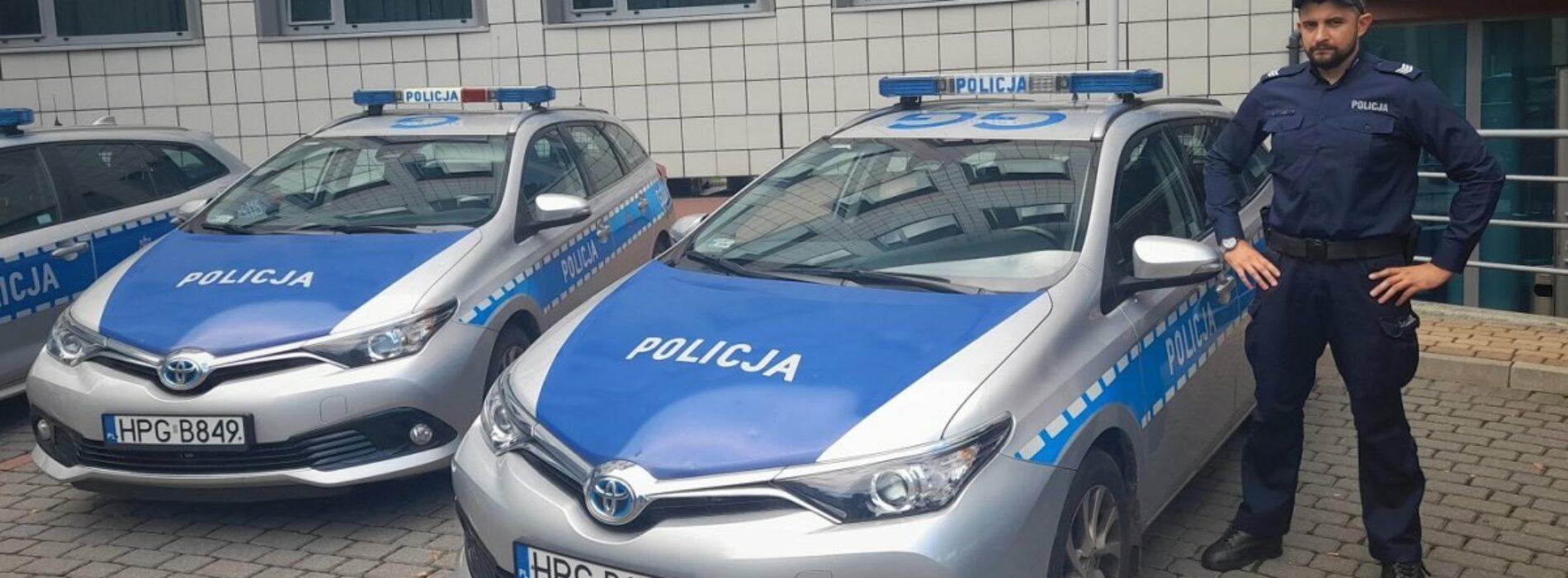 Krakowski dzielnicowy pilotował samochód z kobietą, u której rozpoczęła się akcja porodowa